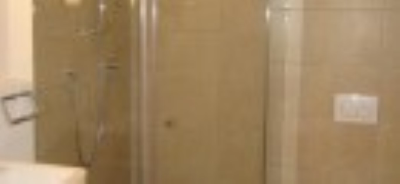 IMG_2829 badkamer 1 douche verkleind