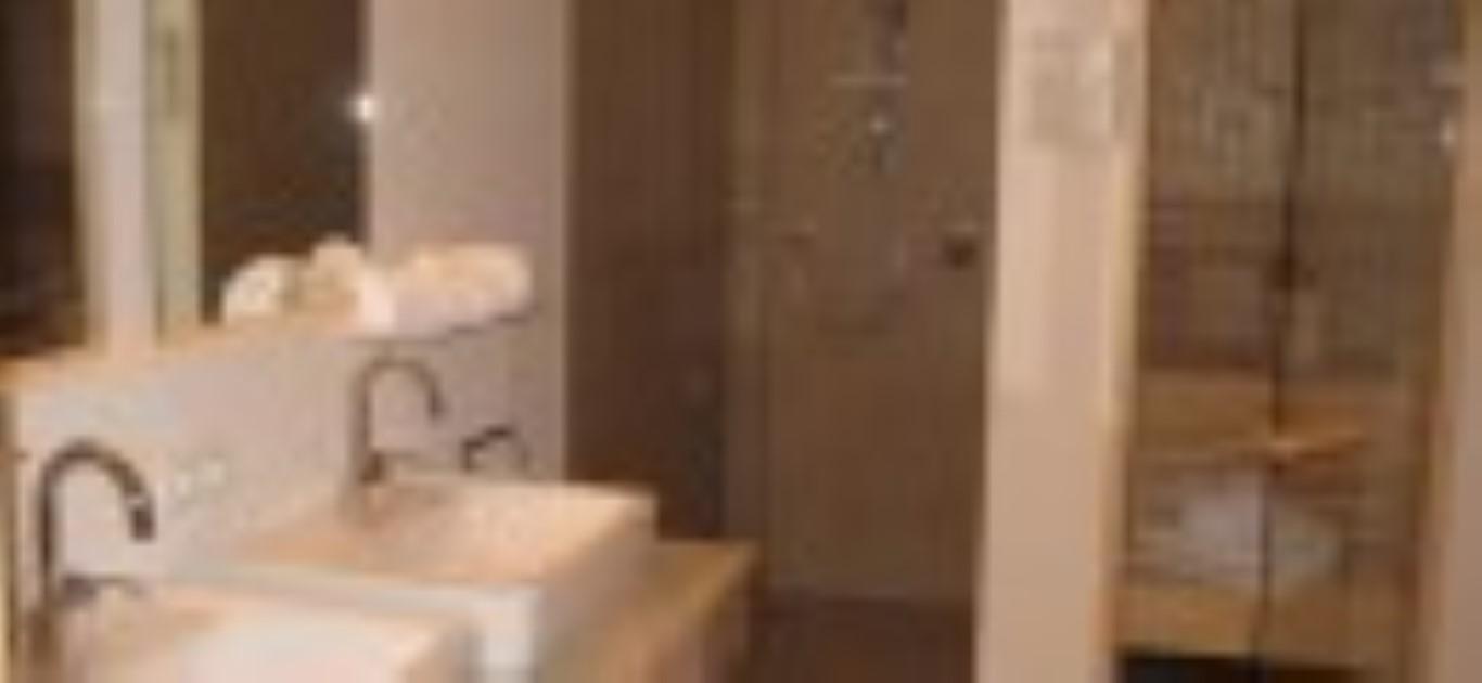 IMG_2854 12 badkamer verkleind